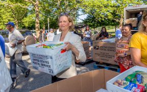 Island Harvest distributes 25,000 pounds of food