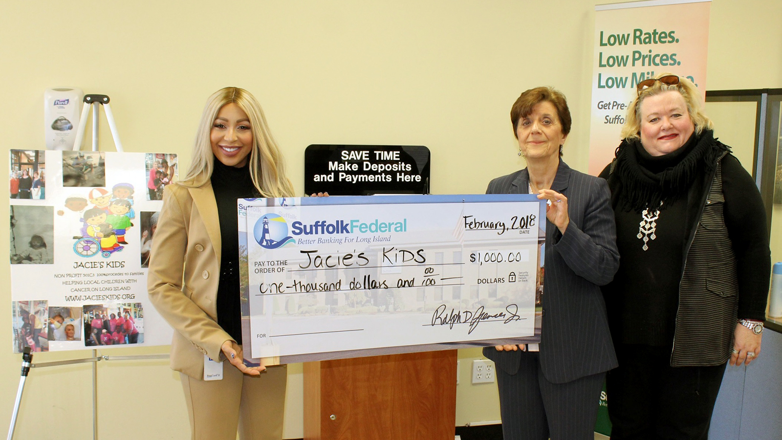 Suffolk Federal shows support for West Babylon charity