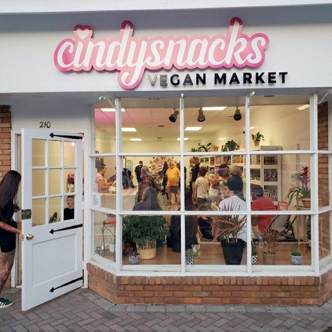 Cindysnacks Vegan Market storefront