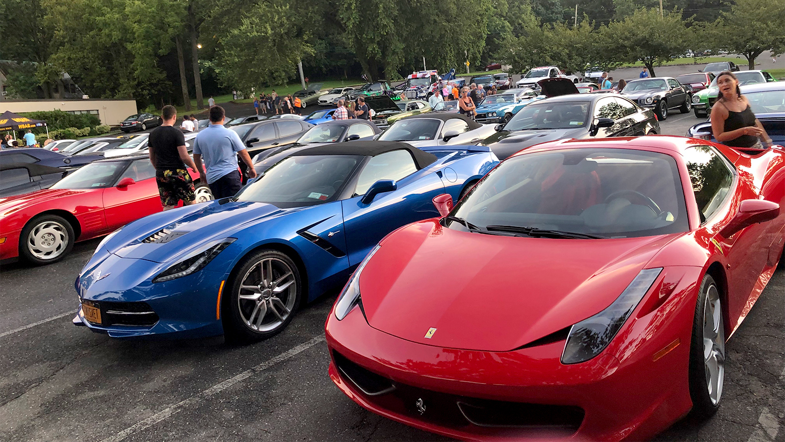 Annual car show thrives through thunderstorm