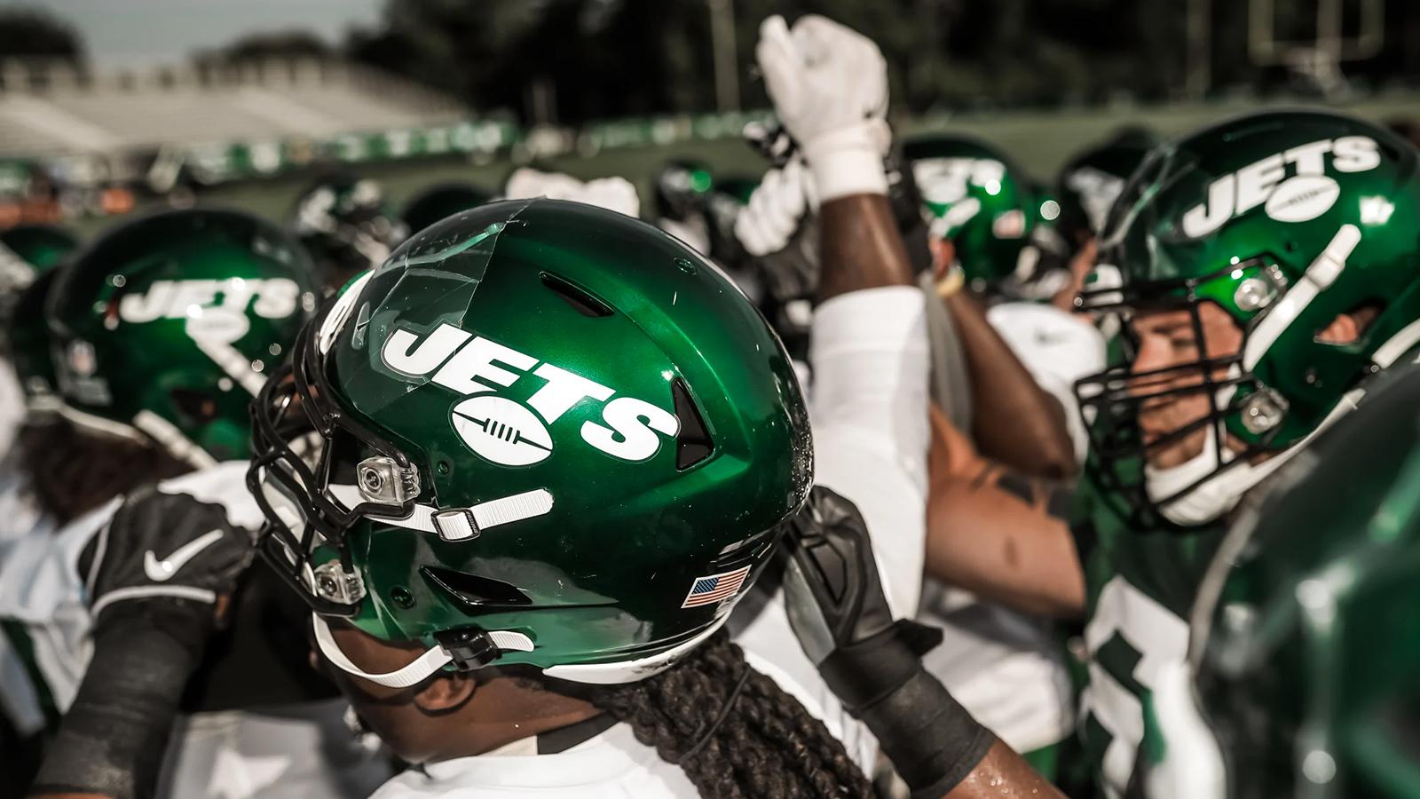 Jets donating $25K towards Wyandanch High football