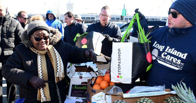 Stop & Shop donates five tons to Long Beach seniors