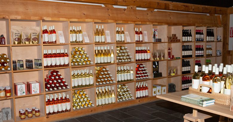 North Fork winery offering free shipping and delivery