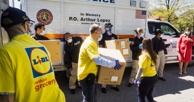 Lidl donates 40K protective masks to first responders