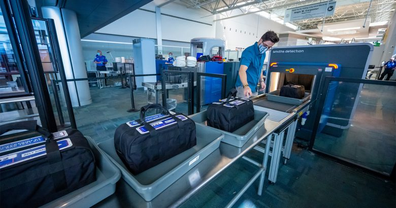 New 3D imaging to screen bags at MacArthur Airport