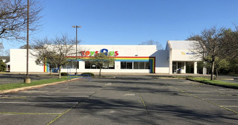 Lidl leases former Toys 'R' Us store in Riverhead