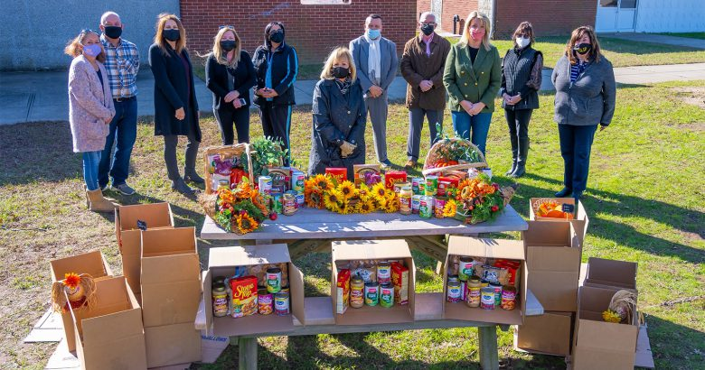 Islip Food for Hope provides Thanksgiving meals to 800 families