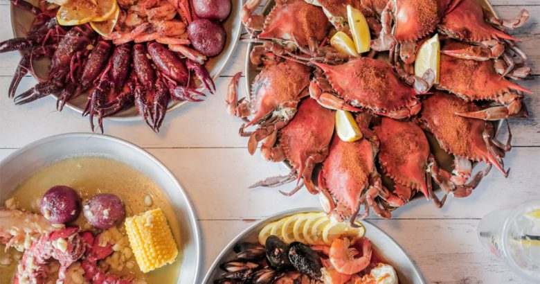 Hook & Reel restaurant opens in Bay Shore