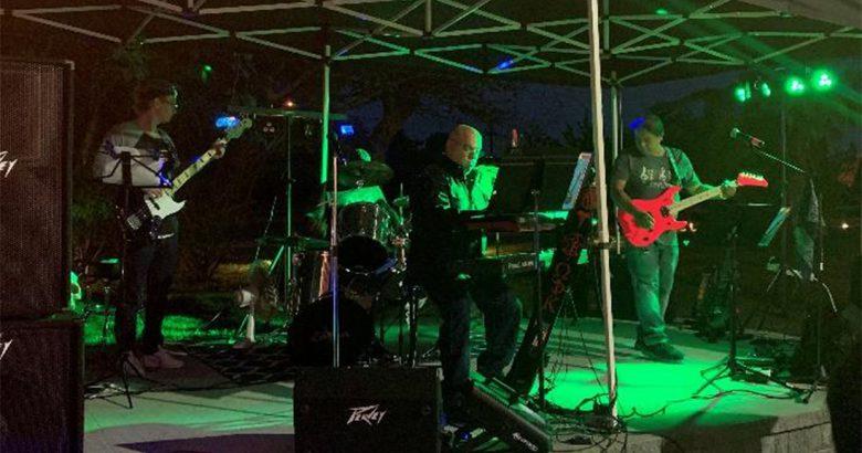 Docs rock in hospital fundraiser
